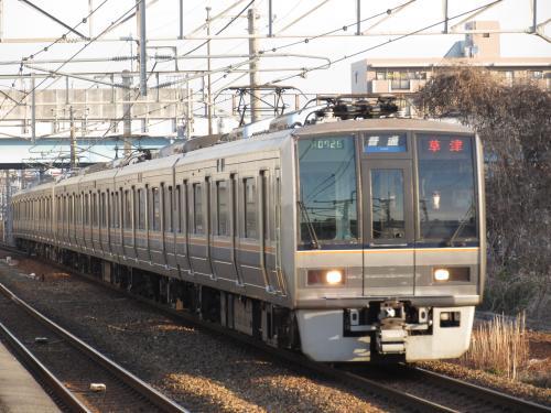 207系(草津行き普通)伊丹
