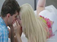 【無料 無修正動画】adaruto ブロンドガールの美女のカップルとキッチンでセックスをハメ撮りしちゃいましたwwwかなりの高画質ですwww 【洋物 無修正動画】