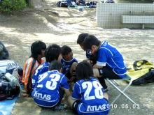 エスペランサ総和FCブログ-20100503-U10-リリー6