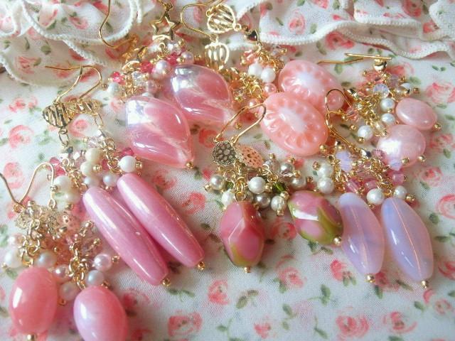 ピンクしゃらんらフックピアス8