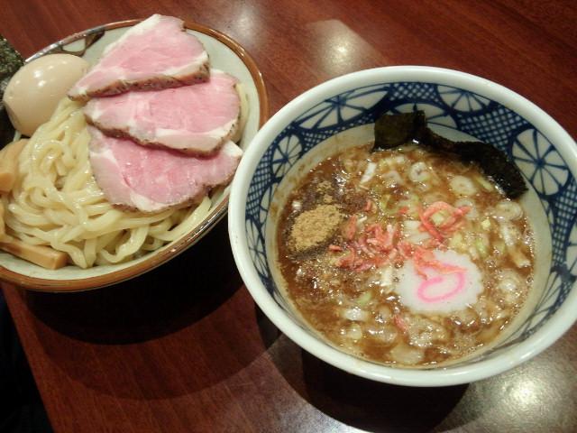 20130608新宿鈴蘭3