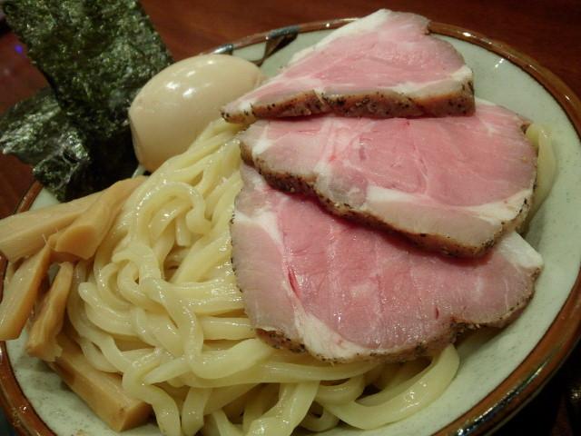 20130608新宿鈴蘭4