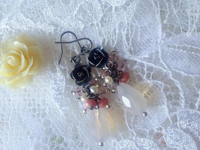 銀古美薔薇と天然石のしゃらんらフックピアス2