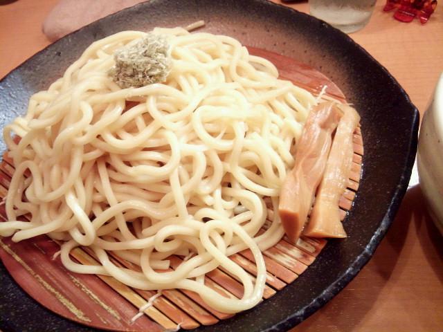 20130925新御茶ノ水とろ肉つけ麺 魚とん1