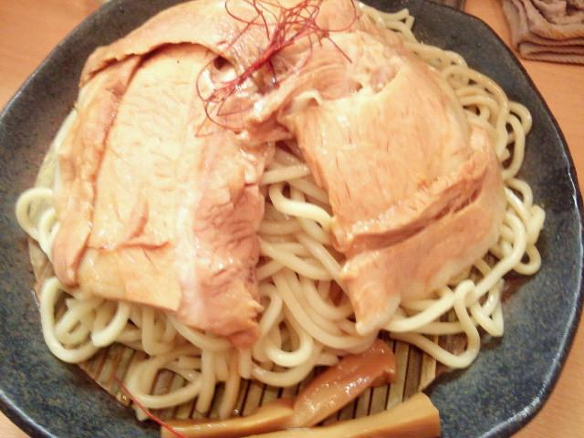 20130925新御茶ノ水とろ肉つけ麺 魚とん4