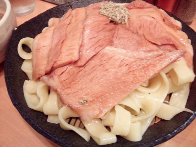 20130925新御茶ノ水とろ肉つけ麺 魚とん6