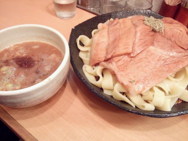 20130925新御茶ノ水とろ肉つけ麺 魚とん7