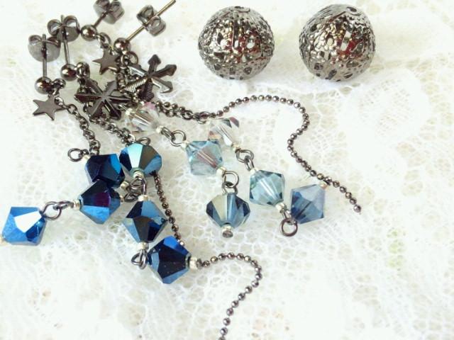 星と雪の結晶とクリスタライズの黒ピアス2