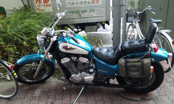 HONDA  STEED  VLX_20110816