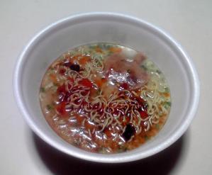 ラーメン凪×博多新風 辛ダレ黒豚骨(できあがり)