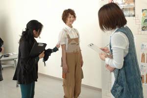 北海道ドレスメーカー学院 進級試験 審査員1