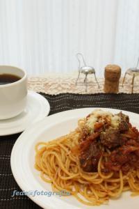 牛スジ肉赤ワイン煮込みスパゲッティー