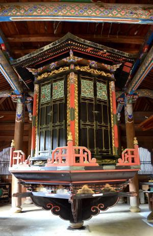 清凉寺経蔵の輪蔵