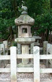 八坂神社・忠盛灯籠