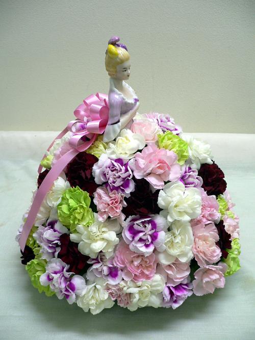 生花とお人形横