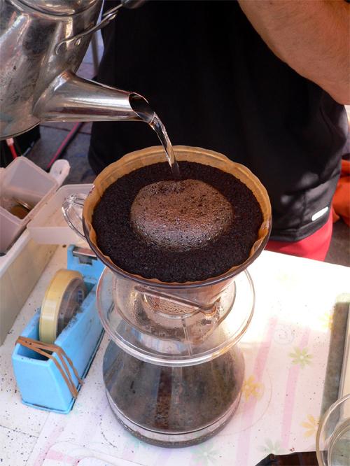 コーヒー立てる3