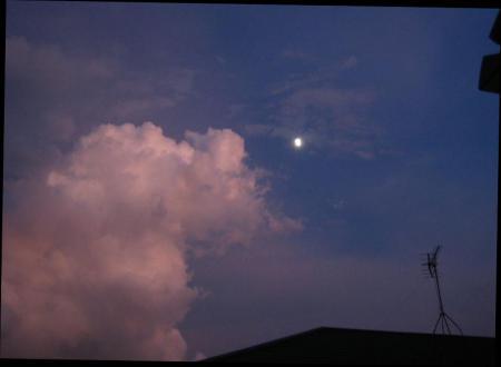 夕焼けとお月さま 045
