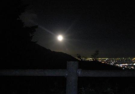 天山のお月さん 161