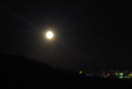 天山のお月さん 160