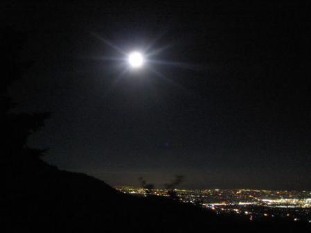 天山のお月さん 195