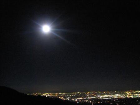 天山のお月さん 205