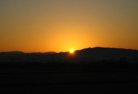 朝陽が昇る 033