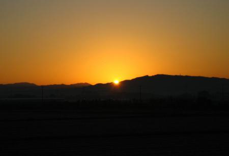 朝陽が昇る 031