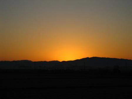 朝陽が昇る 022