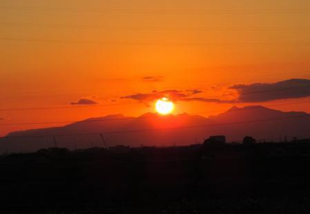 夕陽と多良岳 026