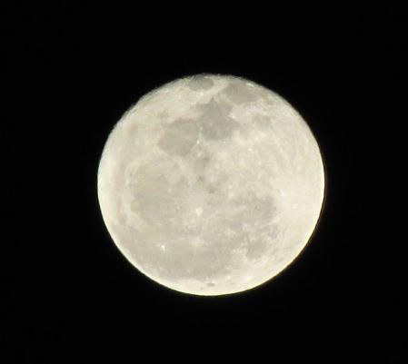 天山と満月 028