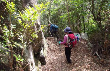 小岱山に登る 123
