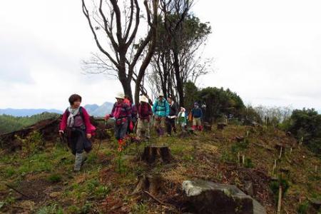 カラ迫岳 107