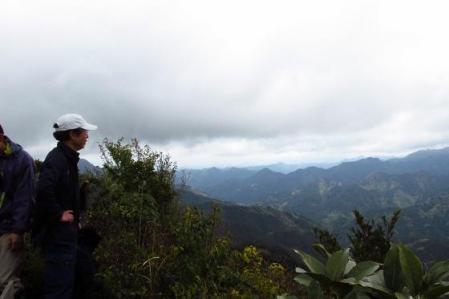 カラ迫岳 127