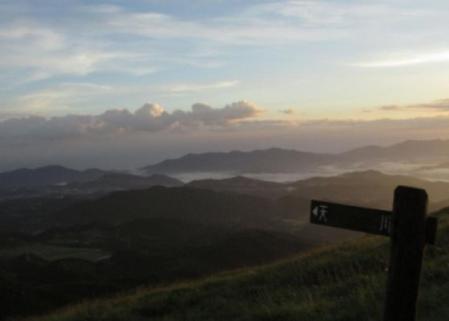 天山の夜明け 065