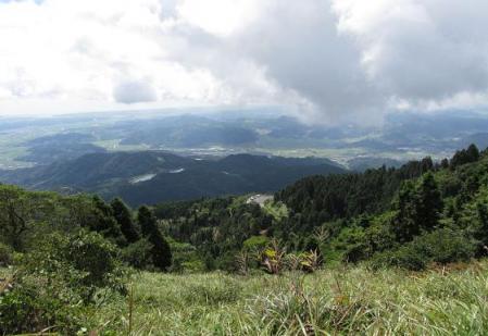 再び天山へ雨山 074