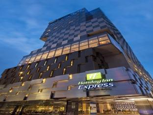 ホリデー イン エクスプレス バンコク サイアム ホテル (Holiday Inn Express Bangkok Siam Hotel)