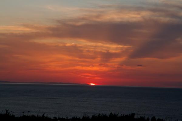 夕日は陸に沈むようになりました