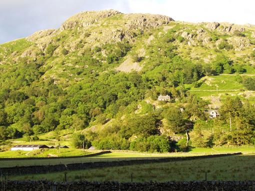 湖水地方の丘1
