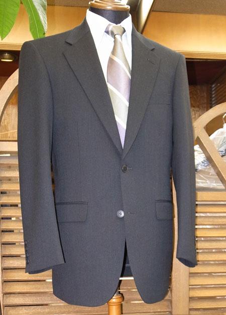 オーダーメードのリクルートスーツ