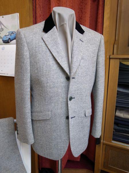 成人式のツイードスーツ