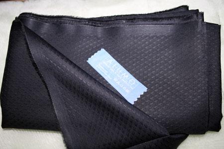 黒いシャツ生地・ジャカード01
