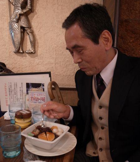 サンローゼで白玉あんみつを食べました