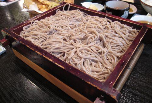 湯沢町の蕎麦屋しんばし