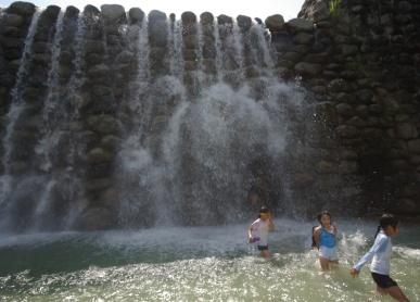 尾白川堰堤