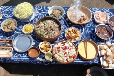 春の野草の食卓