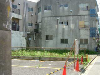 2006_0810_115130AA.jpg