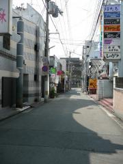 2008_0522_142516AA.jpg