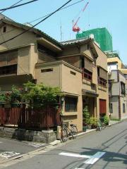 tokyo2006_0525_101757AA.jpg