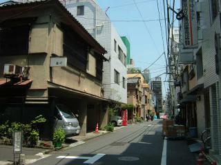 tokyo2006_0525_102117AA.jpg