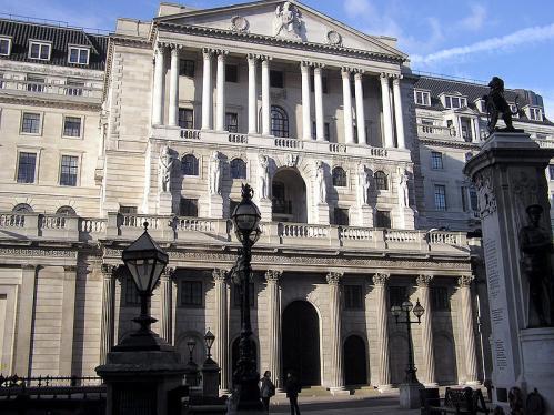 800px-Londonbankofenglandarp_.jpg
